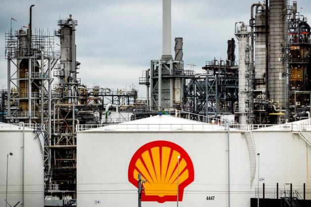 Vuile handen in Maastricht voor klimaatzaak tegen Shell