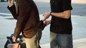 Roermond jaagt op zakkenroller