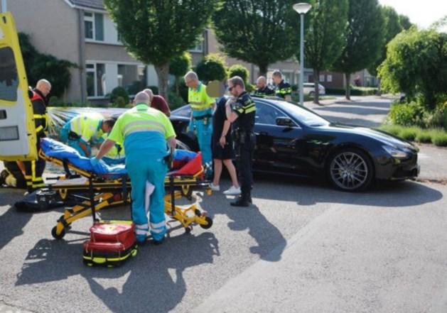 Kind ernstig gewond na aanrijding door auto