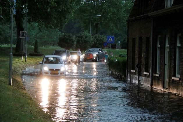 Regen en onweer veroorzaken overlast in de kop van Limburg