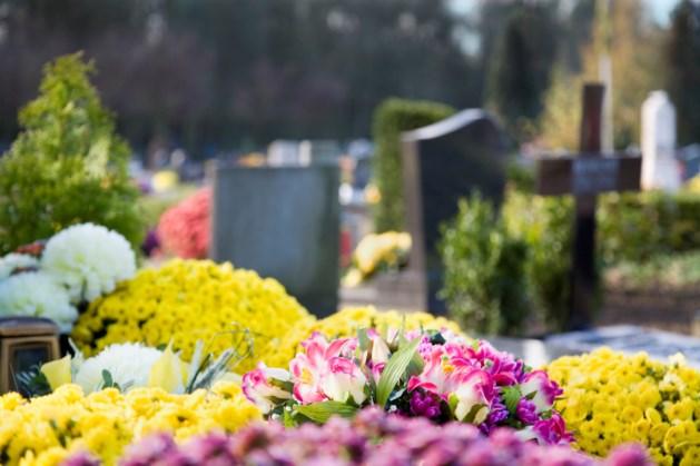 Film over kerkhof draait op kerkhof in Horst
