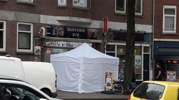 Man overleden na schietpartij in slijterij Rotterdam