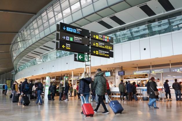 Tientallen Limburgse artsen vast op Spaans vliegveld
