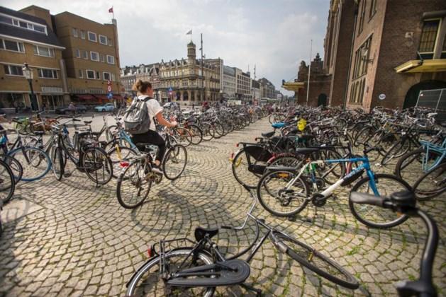 Campagne moet fiets-chaos bij station stoppen, vanaf oktober worden ze verwijderd