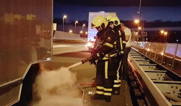 Brand in vrachtwagen met kermisattractie A73 snel geblust