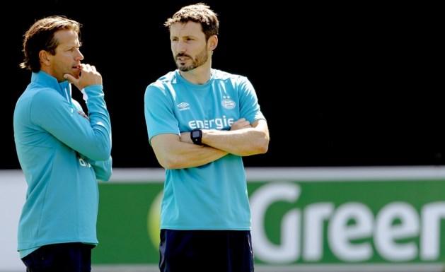 Mark van Bommel traint onder grote belangstelling eerste keer PSV-selectie
