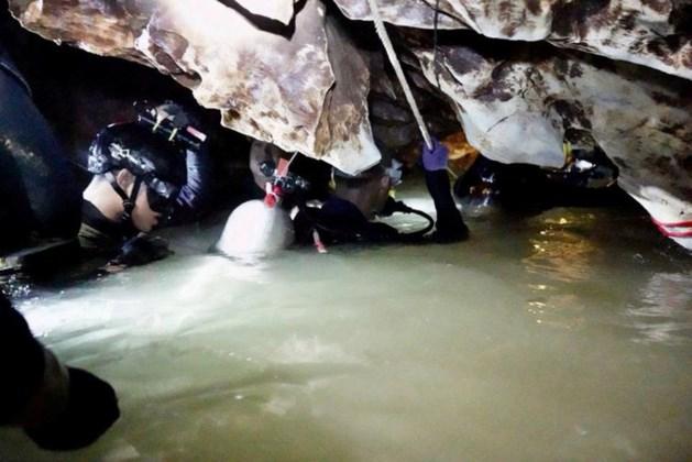 Elfde jongen gered uit grot Thailand
