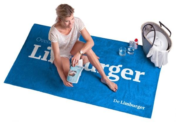 Win een De Limburger strandlaken