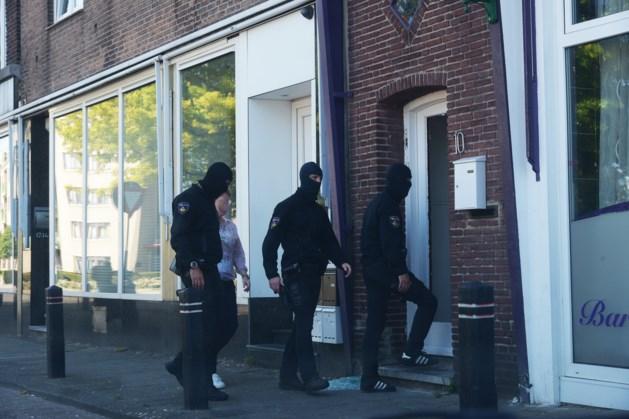 Politie valt twee panden binnen in Kerkrade