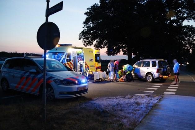 Fietser raakt gewond bij aanrijding in Heijen