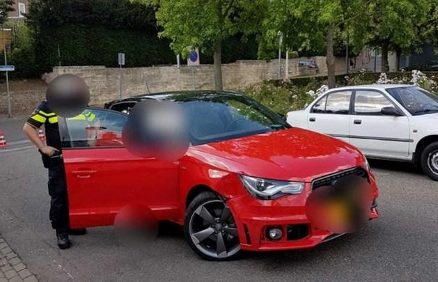 Dronken bestuurder rijdt tegen paaltje in Meerssen