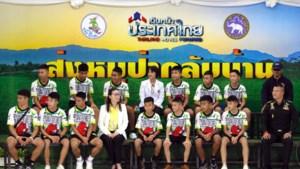 Geredde voetballers Thailand krijgen paspoort