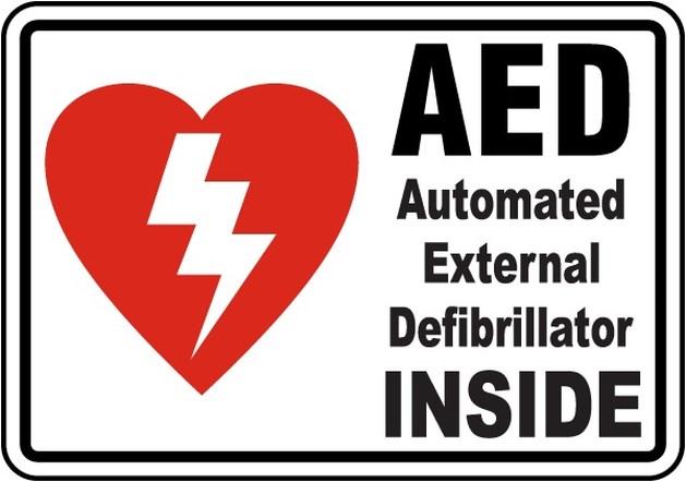 Limmel geeft als goede buur extra AED door aan Nazareth