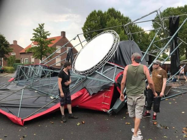 Festival op de tocht: windhoos vernielt podium