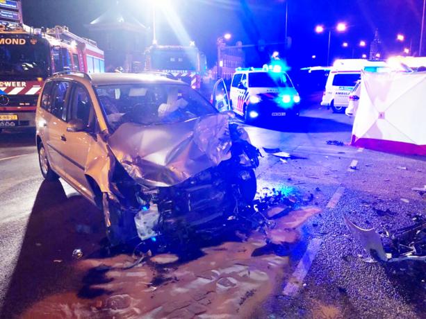 Automobilist overleden bij botsing met vrachtwagen op N280
