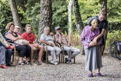 Theaterfietstocht tijdens Limburg Festival een publiekstrekker