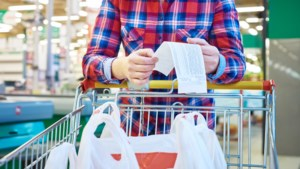 Huishoudens zijn door btw-verhoging 300 euro duurder uit