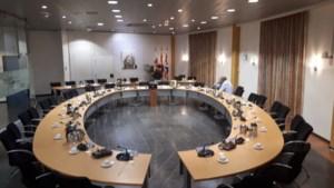 Raad Echt blokkeert debat over pinpasaffaire