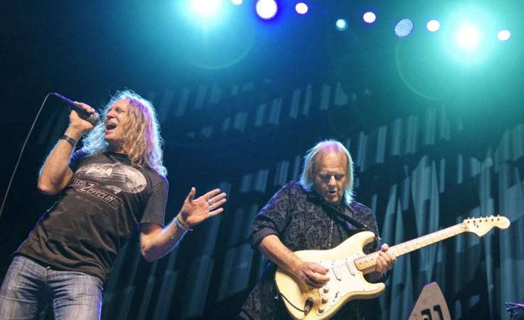 Limburger 'vertroetelt' bluesgitarist Walter Trout