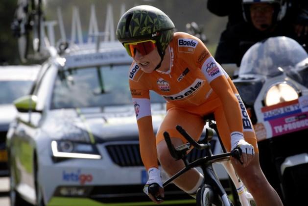 Van Vleuten wint met overmacht Ladies Tour