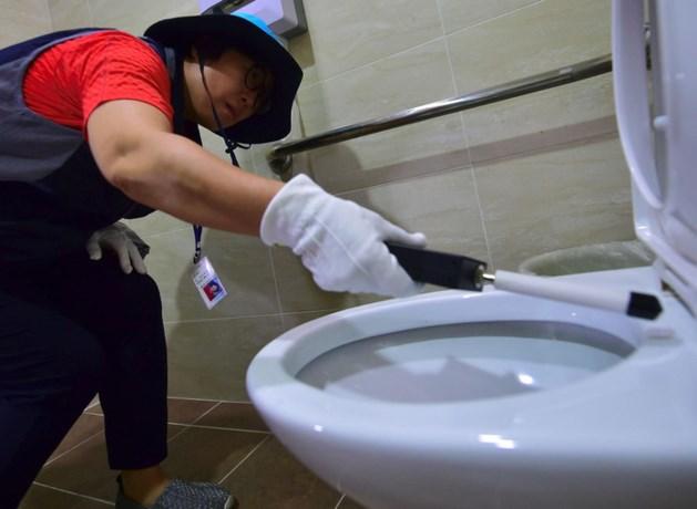 Zuid-Korea gaat wc's dagelijks controleren op verborgen camera's