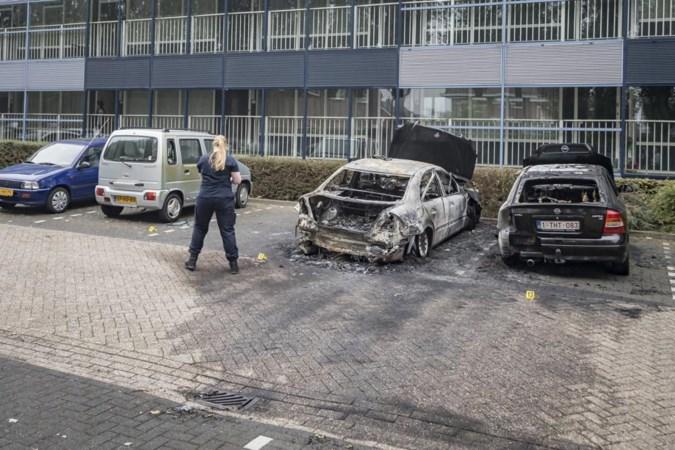 Alertheid na autobranden in Landgraaf