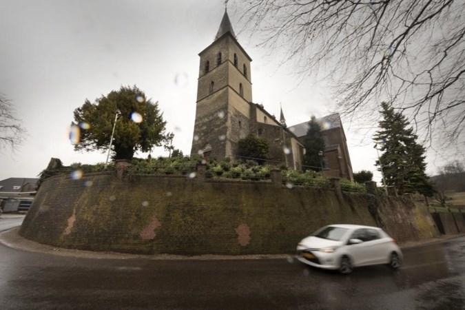 Kerk van de man zonder hoofd dringend toe aan renovatie