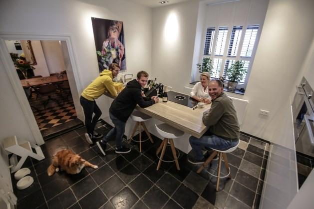 """Wijnboer Hulst over recordoogst: """"De kelders lopen over"""""""