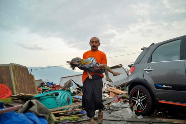 Honderden doden door tsunami Sulawesi