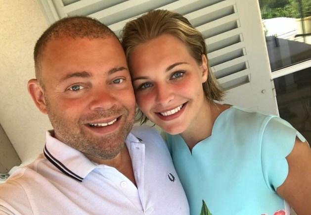 OG3NE-zussen hebben 20-jarige vriendin van vader nog amper gezien
