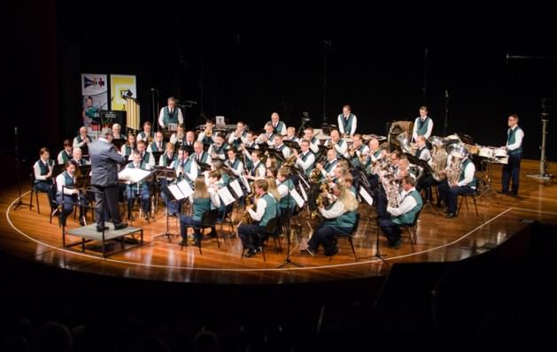 Jubilerende harmonie Walburga pakt uit met theaterconcert