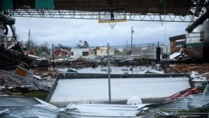 Orkaan Michael laat spoor van vernieling achter, maar zwakt af