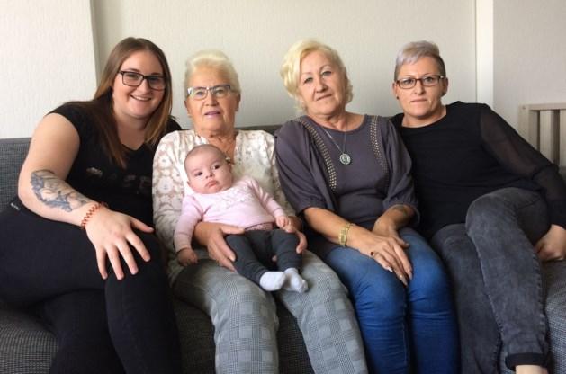 Bijzonder: baby Fenna brengt vijf generaties samen
