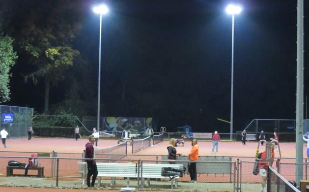 Tennisbanen Geusseltpark krijgen 'groene' verlichting