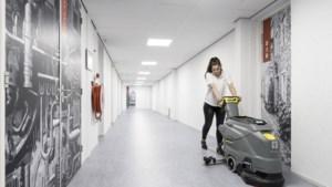 Bezoek arbeidsmigrantenhotel: 'studentenhuis' met heel veel regels