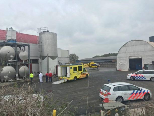 Traumahelikopter opgeroepen voor gewonde man bij stroopfabriek in Beesel