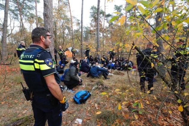 Kamperende vluchtelingen in bossen blijken niet gevaarlijk te zijn