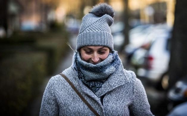 Wintertijd goed te merken: úrenlange regenbuien én vlokje sneeuw in aantocht