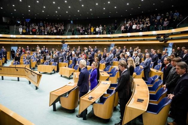 Kamer eert 'verbinder en groot staatsman' Wim Kok