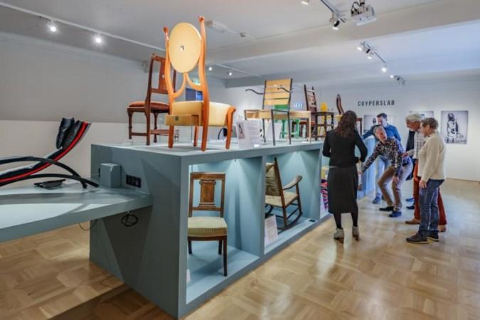 Stoelendans in het Cuypershuis: 'de keuze voor een stoel zegt iets over je karakter'