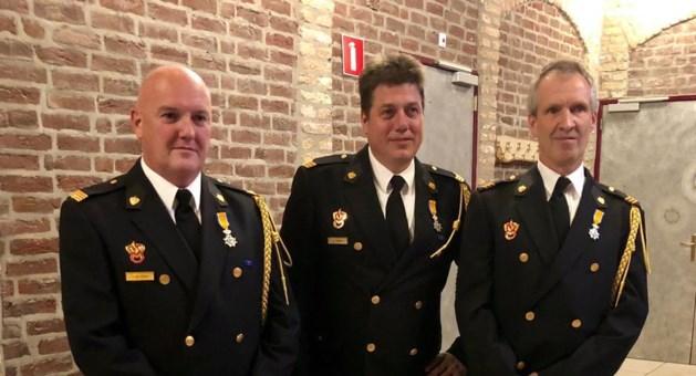 Lintjes voor drie brandweervrijwilligers Peel en Maas