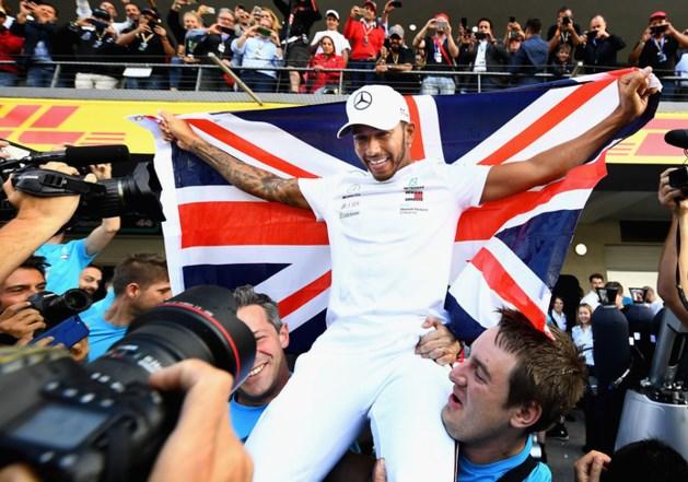 Hamilton wil 'op z'n minst in de buurt komen' van records Schumacher