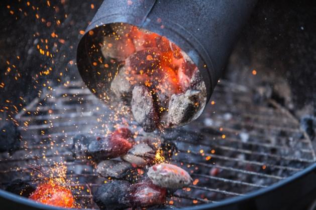 Elf mensen bijna overleden door barbecue binnenshuis