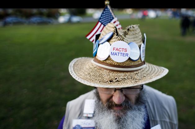 Stembureaus gesloten in eerste zeven staten