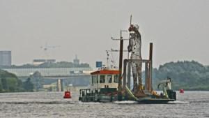 Vastelaovesvereniging Jocus schenkt Venlo twee kunstwerken