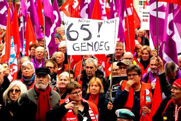 Duizenden betogers eisen in Amsterdam een socialer Nederland