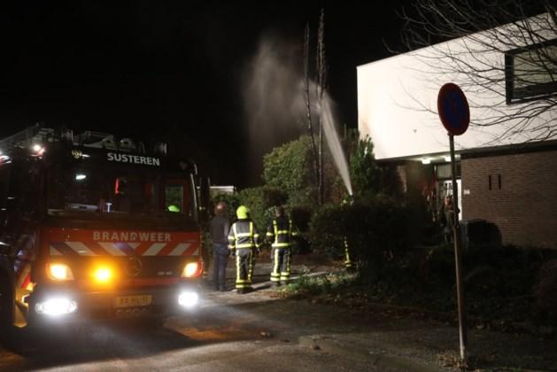 Voor tweede nacht op rij coniferen in brand gestoken in Susteren