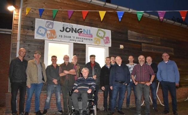 Waardering voor bouwers clublokaal Jong Nederland Bergen