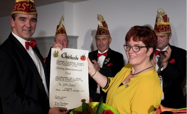 Golde Kaetel uitgereikt aan kindervakantiewerk Steyl
