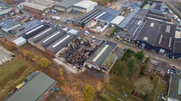FOTO: Dit is er over van de Venlose bedrijven na de grote brand